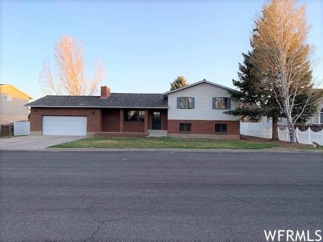 921 W Gates Dr, Roosevelt, UT 84066 (#1734889) :: Berkshire Hathaway HomeServices Elite Real Estate