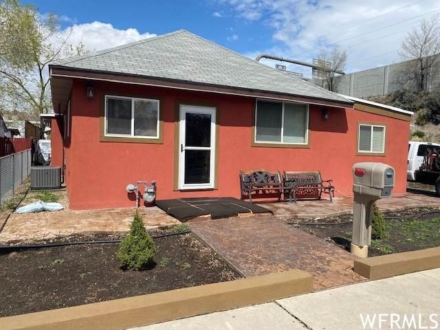 844 W Pacific Ave S, Salt Lake City, UT 84104 (#1735757) :: Bustos Real Estate | Keller Williams Utah Realtors