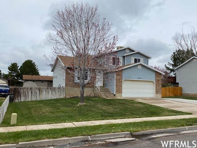 3076 W 4425 S, Roy, UT 84067 (#1735936) :: Doxey Real Estate Group