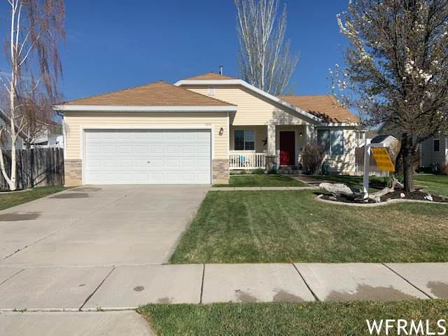 5410 S 4000 W, Roy, UT 84067 (MLS #1736622) :: Summit Sotheby's International Realty