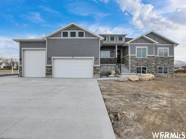 3038 N 1160 W, Pleasant View, UT 84414 (#1736712) :: Gurr Real Estate