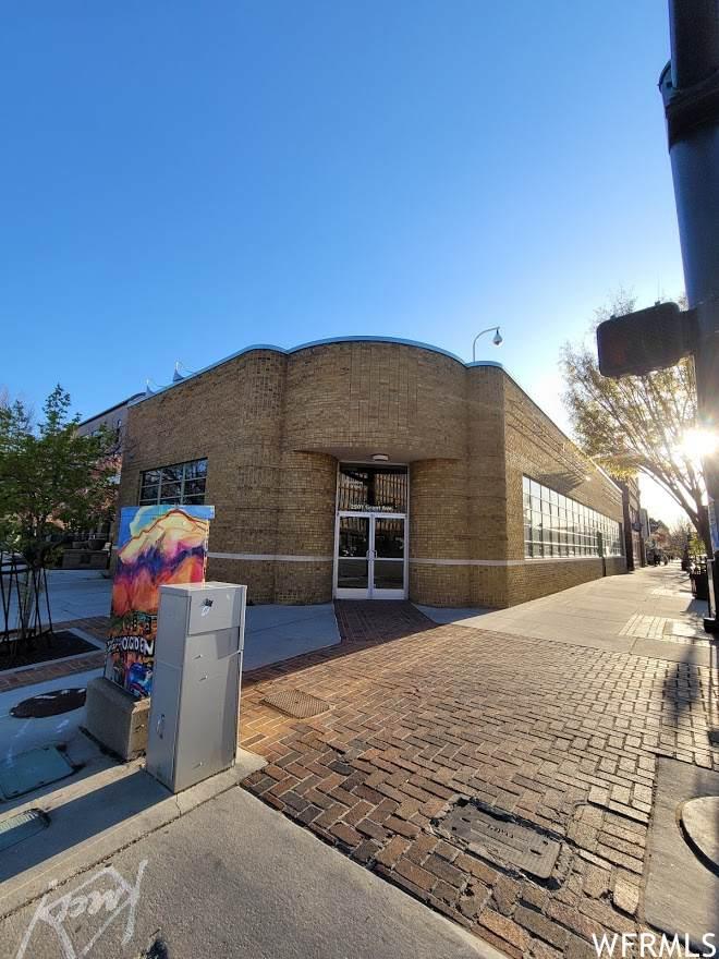 2501 Grant Ave - Photo 1