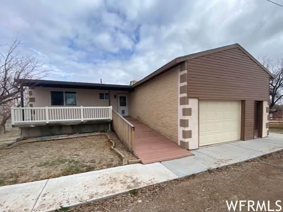 3940 W Cobble Hollow Dr, Roosevelt, UT 84066 (#1737447) :: Berkshire Hathaway HomeServices Elite Real Estate
