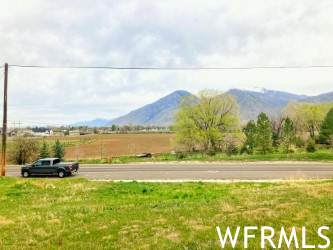 241 W 1600 S #10, Mapleton, UT 84664 (MLS #1737551) :: Summit Sotheby's International Realty