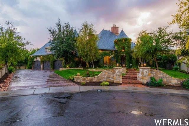 250 N Le Grande Circle W, Santa Clara, UT 84765 (MLS #1737945) :: Summit Sotheby's International Realty