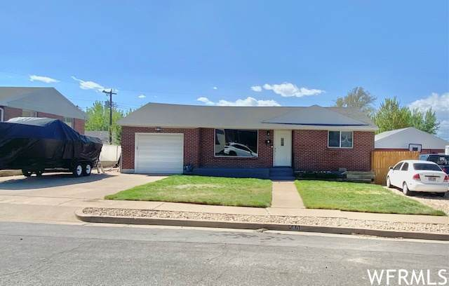 560 E 300 S, Clearfield, UT 84015 (#1740604) :: Black Diamond Realty