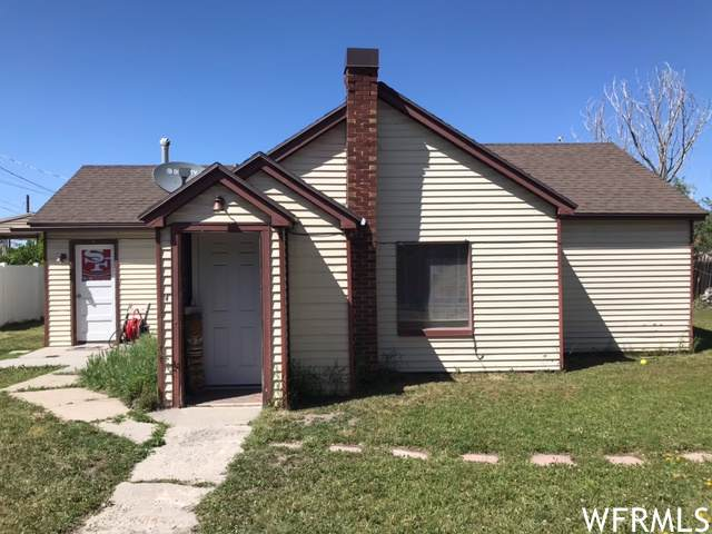 3985 S 4000 W A&B, West Valley City, UT 84120 (#1741019) :: Gurr Real Estate
