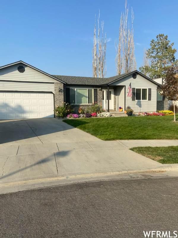 6032 Eddington Ct, Salt Lake City, UT 84118 (#1744279) :: Bustos Real Estate | Keller Williams Utah Realtors