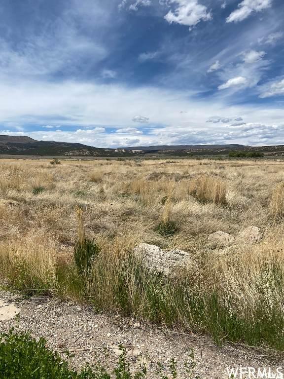 4866 W Hillside Dr N #68, Vernal, UT 84078 (#1744803) :: Utah Real Estate