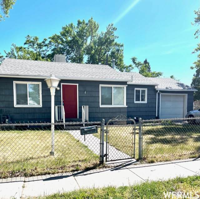 1484 W Glenrose Dr S, Salt Lake City, UT 84104 (#1750041) :: Colemere Realty Associates