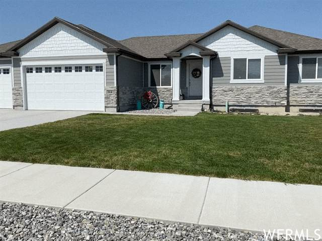 314 S Rockaway Cv E, Grantsville, UT 84029 (#1755708) :: Doxey Real Estate Group