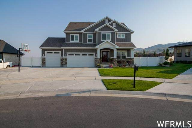 1717 W Packsaddle Cir, Bluffdale, UT 84065 (MLS #1766122) :: Lookout Real Estate Group