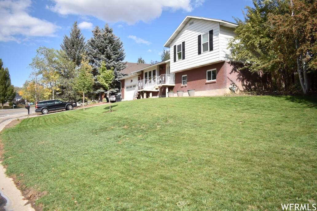 1160 Valley Hills Blvd - Photo 1