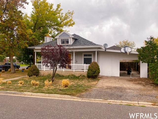 196 W 300 S, Payson, UT 84651 (#1774784) :: Pearson & Associates Real Estate