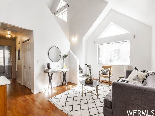 25 S 850 E #8, Provo, UT 84606 (#1775411) :: Bustos Real Estate | Keller Williams Utah Realtors