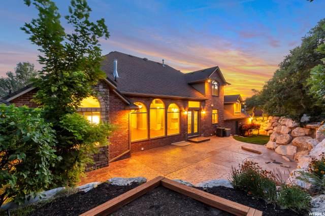 138 N Twin Peaks Dr E, Layton, UT 84040 (#1672095) :: Big Key Real Estate