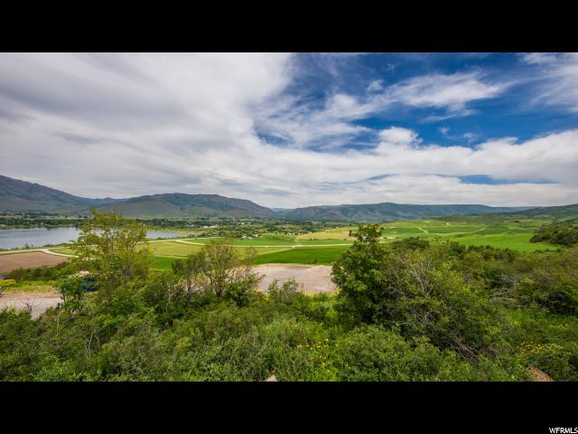 6673 E Via Cortina, Huntsville, UT 84317 (#1348271) :: Colemere Realty Associates