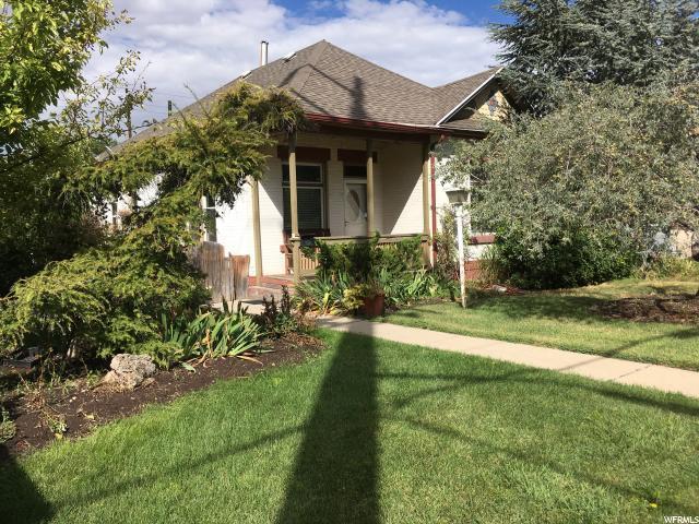 2268 S 900 E, Salt Lake City, UT 84106 (#1479211) :: Colemere Realty Associates