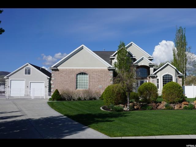 2435 W Bridle Meadow Cir, Bluffdale, UT 84065 (#1482120) :: goBE Realty