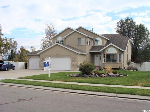 9937 S Campaign Dr W, South Jordan, UT 84095 (#1482187) :: The Utah Homes Team with HomeSmart Advantage