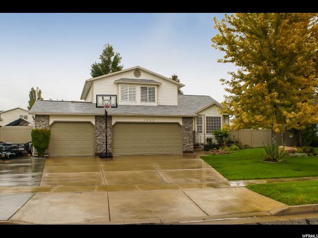 1202 N 2570 W, Layton, UT 84041 (#1482258) :: Home Rebates Realty