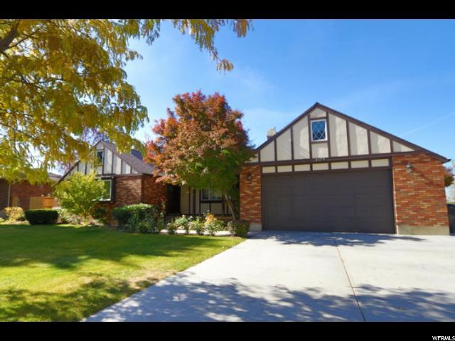 8690 S Rustler Rd, Cottonwood Heights, UT 84093 (#1487066) :: Colemere Realty Associates