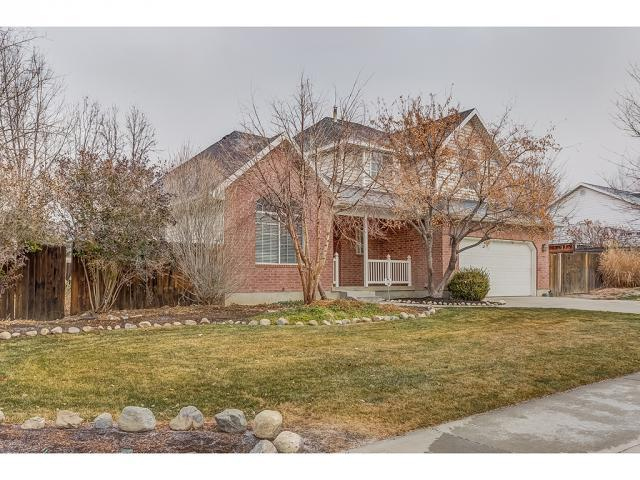 4454 W 9820 N, Cedar Hills, UT 84062 (#1496149) :: R&R Realty Group