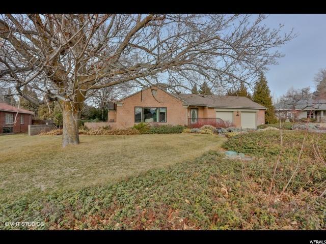 2069 E Marrwood Dr S, Holladay, UT 84124 (#1500049) :: Bustos Real Estate | Keller Williams Utah Realtors