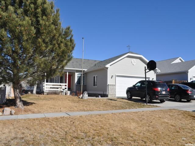 13617 S Artistry Ln W, Herriman, UT 84096 (#1504841) :: The Utah Homes Team with iPro Realty Network