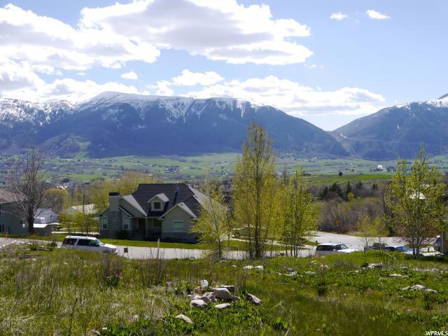 4180 N Wolf Ridge Cir, Eden, UT 84310 (#1509186) :: The Fields Team