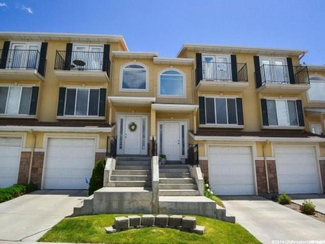 9685 S Villa Springs Cv W, Sandy, UT 84070 (#1511671) :: Colemere Realty Associates