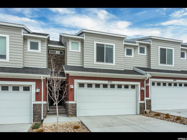 684 W Gallant Dr S, Bluffdale, UT 84065 (#1519406) :: The Utah Homes Team with iPro Realty Network