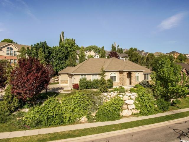 4844 S Burch Creek Holw, South Ogden, UT 84403 (#1522773) :: Home Rebates Realty