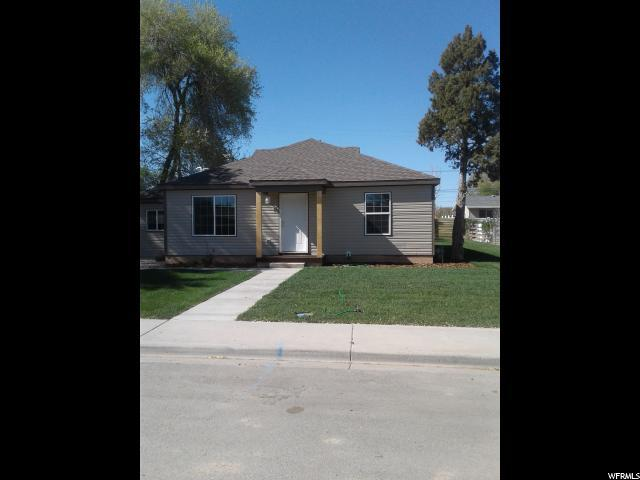 161 E 500 S, Vernal, UT 84078 (#1524412) :: goBE Realty