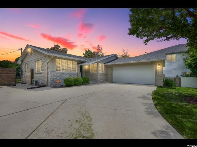 2252 E Panorama Way, Holladay, UT 84124 (#1527782) :: Exit Realty Success