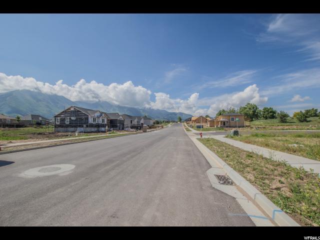 327 N 710 E, Salem, UT 84653 (#1528799) :: Big Key Real Estate