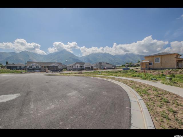 716 E 240 N, Salem, UT 84653 (#1528818) :: Big Key Real Estate