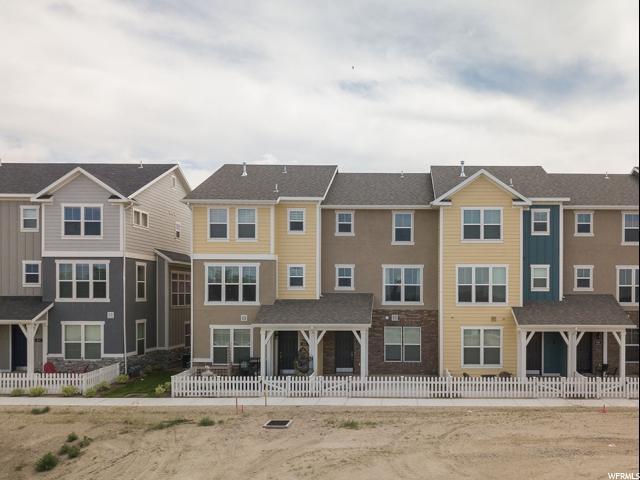 1038 W Painted Horse Ln, Bluffdale, UT 84065 (#1531556) :: Bustos Real Estate | Keller Williams Utah Realtors