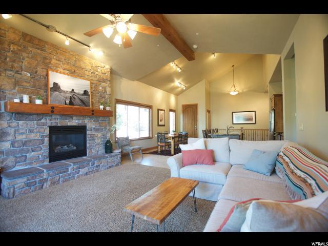 5303 N Edgewood Ave, Heber City, UT 84032 (MLS #1532690) :: Lawson Real Estate Team - Engel & Völkers