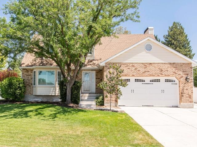 5197 S Spring Clover Dr W, Murray, UT 84123 (#1535035) :: Red Sign Team