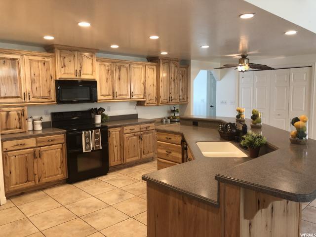 386 W 4050 N, Pleasant View, UT 84414 (#1536060) :: Keller Williams Legacy