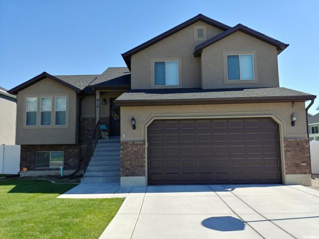 915 W Willowbrook Ln, Pleasant View, UT 84404 (#1540303) :: Exit Realty Success