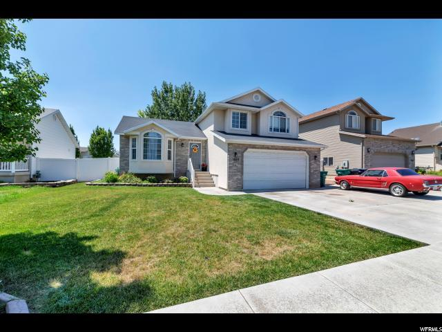 1860 S 650 E, Clearfield, UT 84015 (#1540457) :: Eccles Group