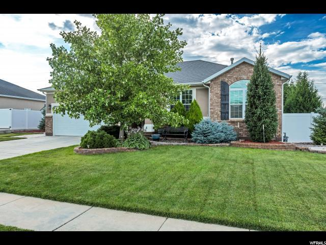 5062 W Wood Ranch Dr, South Jordan, UT 84095 (#1541156) :: Exit Realty Success