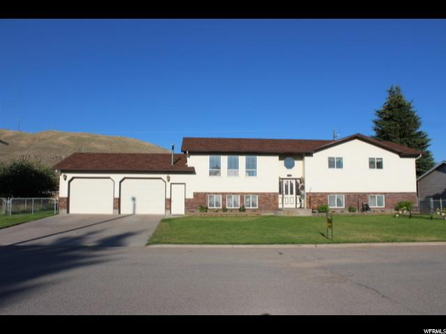 215 Dayton St, Cokeville, WY 83114 (#1541289) :: Red Sign Team