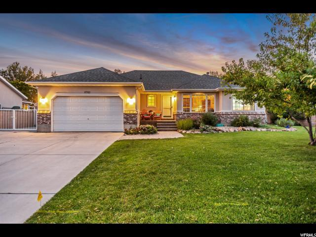 8762 S 2240 W, West Jordan, UT 84088 (#1541666) :: goBE Realty