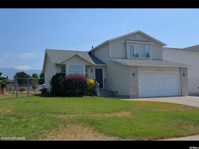1038 N 2525 W, Layton, UT 84041 (#1546099) :: Bustos Real Estate | Keller Williams Utah Realtors