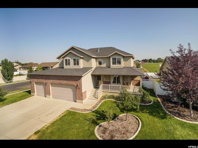 812 W 25 N, Clearfield, UT 84015 (#1547620) :: Red Sign Team