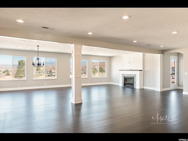 2981 S Blueberry Cir, St. George, UT 84790 (#1550978) :: Big Key Real Estate