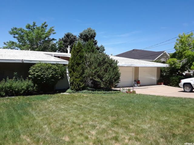 2661 S Shamrock Dr, Ogden, UT 84403 (#1552809) :: The Fields Team